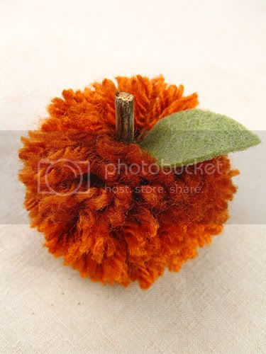 Pom-Pom Pumpkin